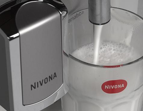 Nivona_CafeRomatica_656_melkschuim_voor_cappuccino
